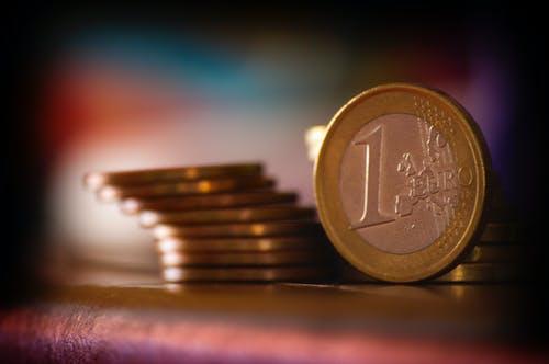 1 euro a další minc