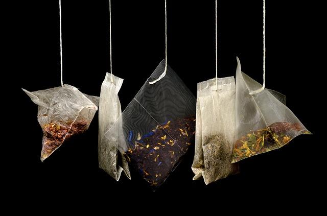 různé čajové sáčky