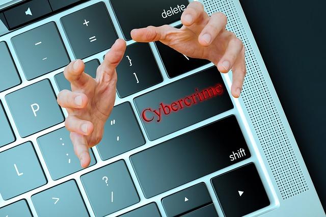 kyberkriminalita na klávese