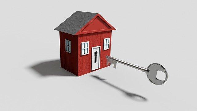 ilustrace domu s klíčem