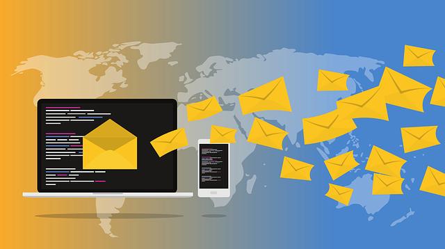 hromadná e-mailová korespondence